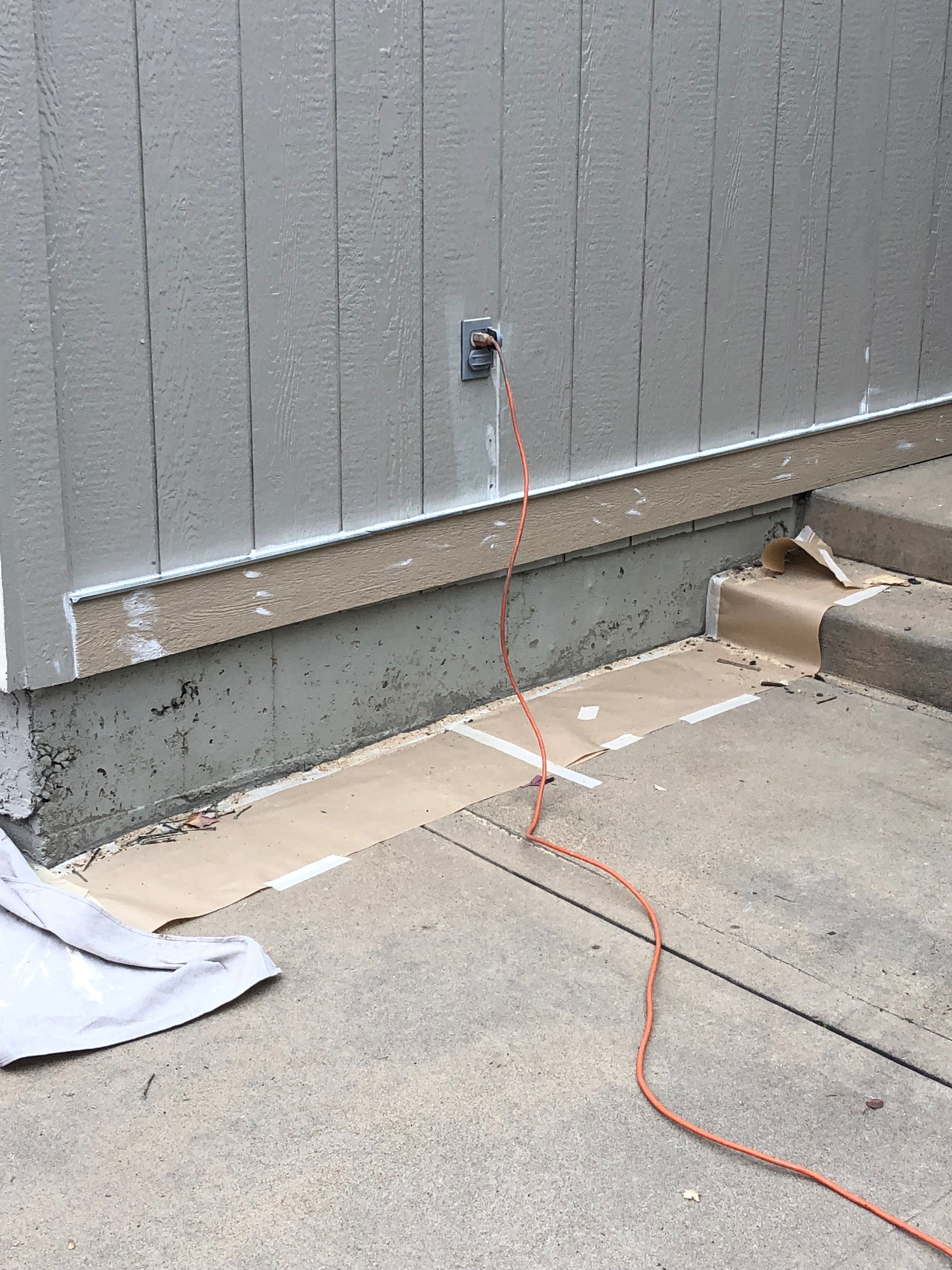 skirting on home exterior