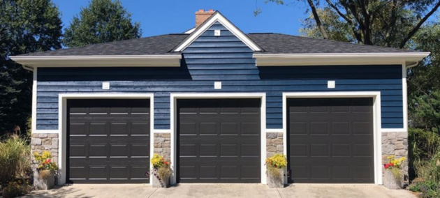 exterior painting garage blue