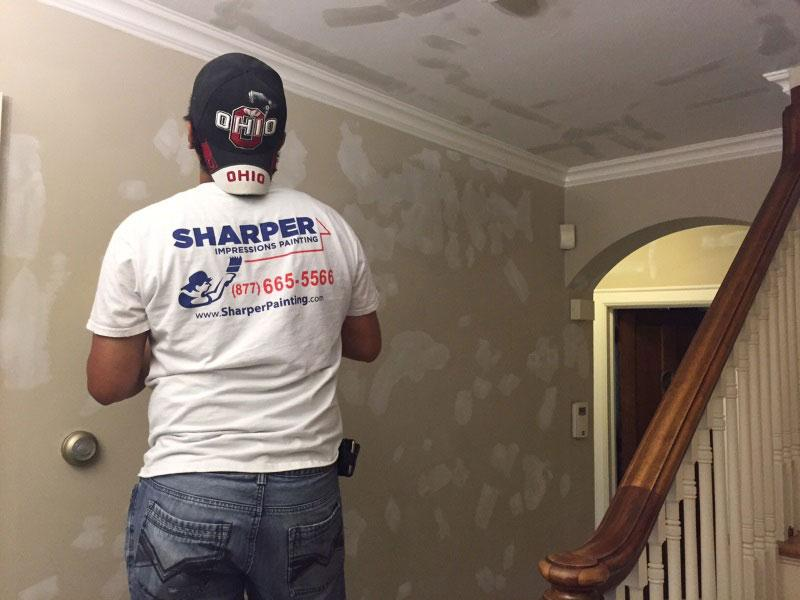 hire a professional interior painter this holiday season